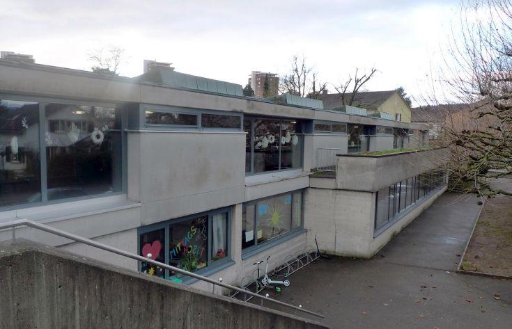 Schulhäuser Robersten